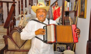 Acroarte otorgará Soberano al Mérito músico Francisco Ulloa