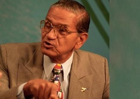 Ex secretario FFAA sugiere instalen vallas de alambre en zonas Frontera