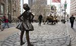"NUEVA YORK mantendrá estatua de ""Niña sin miedo"""