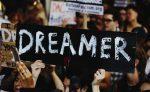 """Llegada de renovaciones de DACA da esperanzas renovadas a """"soñadores"""""""