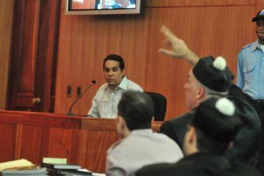 Tribunal envía cirujano Edgar Contreras a prisión, estaba prófugo