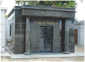 Los restos de Trujillo deberían ser traídos a R.Dominicana