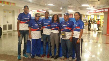 Tres triatletas dominicanos competirán Panam Ecuador