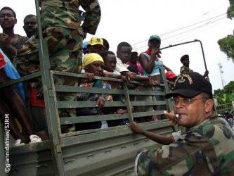PUERTO PLATA: Militares apresan a más de un centenar de indocumentados