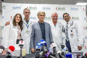 El Puma anuncia disco, gira y serie en reaparición tras trasplante