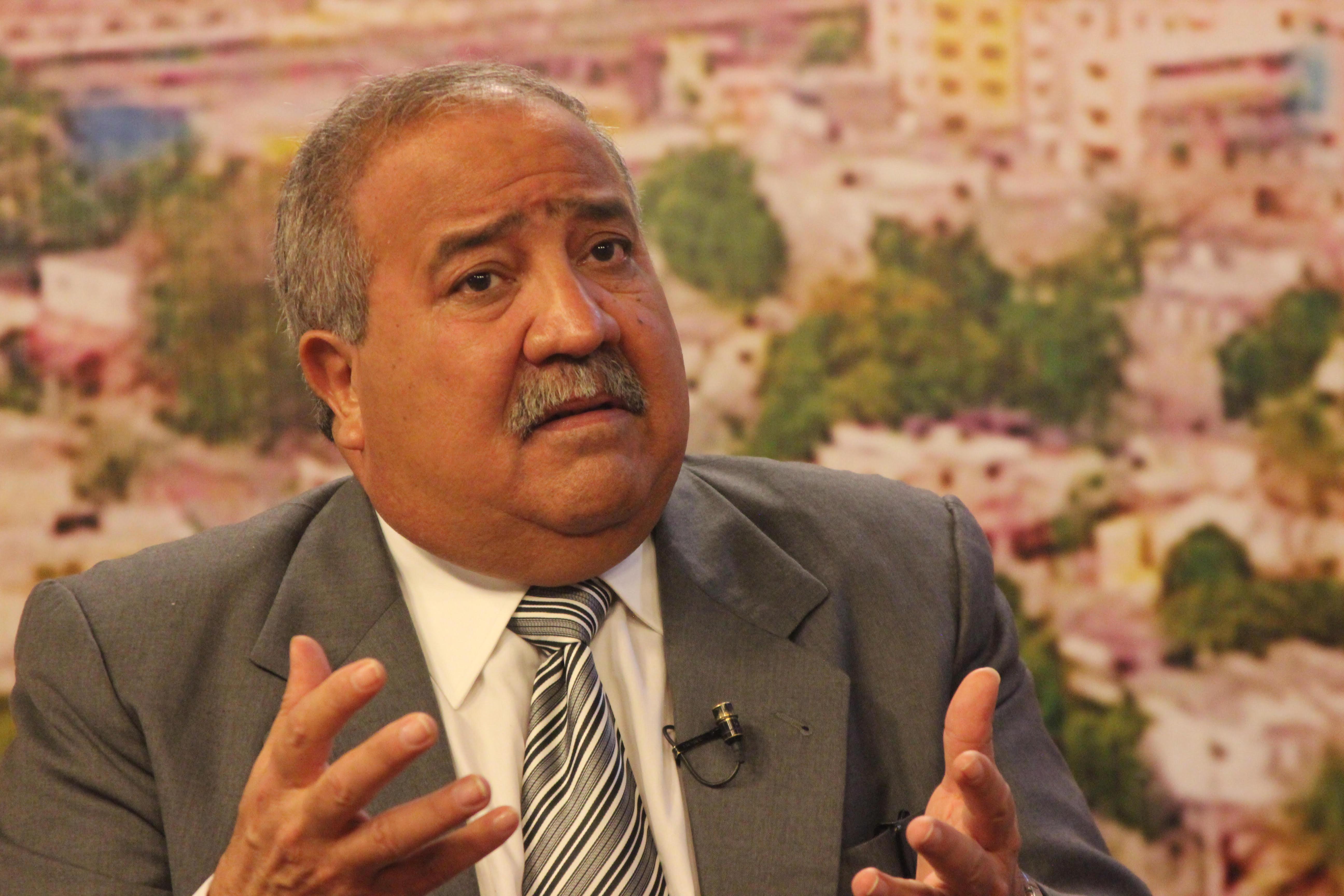 Tonty Rutinel pide convocar Comisión Política del PRD
