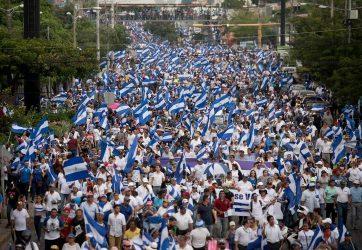 NICARAGUA: Decenas de miles piden renuncia Daniel Ortega