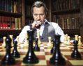 """Gary Oldman dirigirá y protagonizará """"Flying Horse"""""""