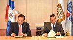 Firman acuerdo para impartir educación económica y financiera