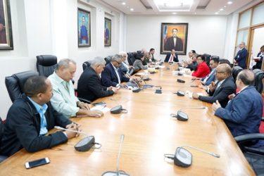 Diputados reanudarán estudio ley de partidos, junto a senadores