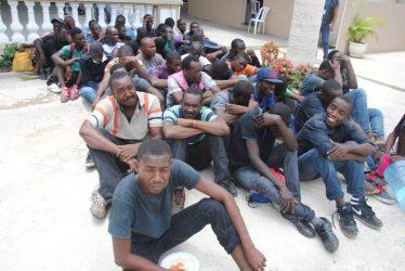 Piden actuar contra llegada ilegal de haitianos a las islas Turcas y Caicos