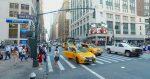 Conductor de Uber botó a dos mujeres por besarse en su carro
