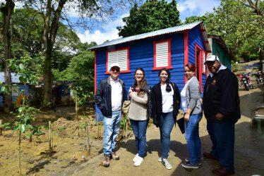SALCEDO: Voluntariado BC dona recursos para reconstruir viviendas