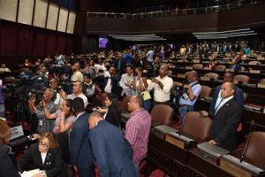 Diputados aprobaron bonos por RD$190.000 millones para Presupuesto