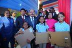 Medina entrega un nuevo liceo para 875 estudiantes en SD Este