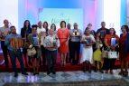 Vicepresidenta premia ganadores Concurso de Artesanía 2018