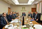 Valdez Albizu se reúne con grupo de inversionistas internacionales