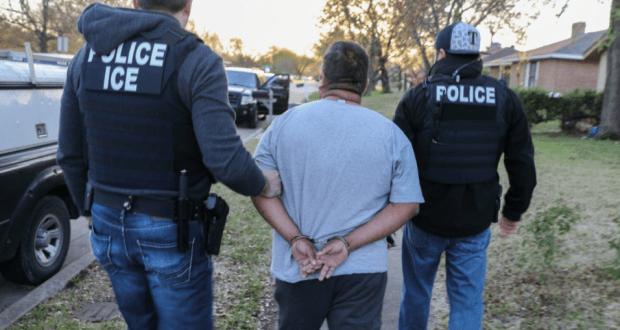 Indigna en Nueva York posible deportacion de trabajador indocumentado