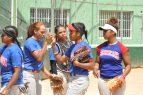Selecciones de Cuba y R.Dominicana se miden en sóftbol femenino