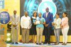 ASDE reconoce excelencia académica a estudiantes