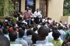 Ministro dice haitianos regularizados usan papeles para irse a otros países