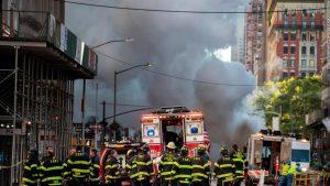 Explosión tubería en Manhattan deja al menos cinco heridos