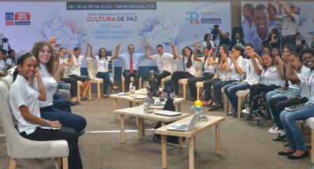 Ministro debate con estudiantes inquietudes sistema educativo RD