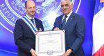 Gobierno RD condecora al saliente embajador de Francia
