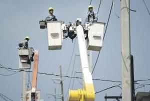 PUERTO RICO: Caos en la reconstrucción de la red eléctrica