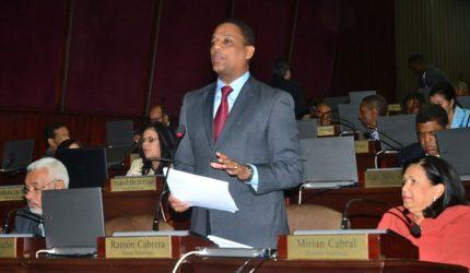 Diputado PLD explica PRM tiene que seguir reglamento Cámara Baja