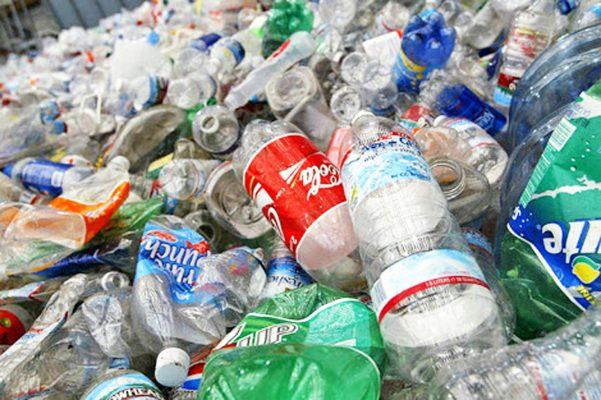 Gestionan reducir uso de plásticos tiendas y supermercados de la RD