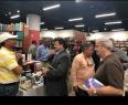 P. RICO: Concurrida la exposición de literatura dominicana