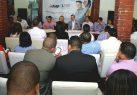 Luis Abinader se compromete con jóvenes a edificar un nuevo país