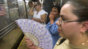 NUEVA YORK: Metro registra 100 grados en sus plataformas