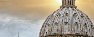 """Vaticano dice tener """"pena y dolor"""" tras revelaciones en Pensilvania"""