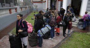 97 venezolanos regresan de Perú en un avión enviado por Maduro