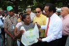 INESPRE inicia entrega de guineo gratis en diferentes puntos del país