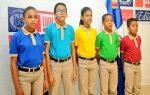 Educación suspende directora liceo tras denuncia venta de uniformes