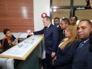 Colegio Abogados somete recurso contra nuevos impuestos actas