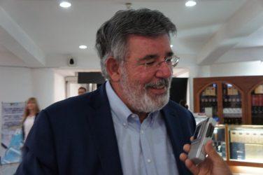 Víctor Díaz Rúa retorna a RD tras permanecer varios días en España