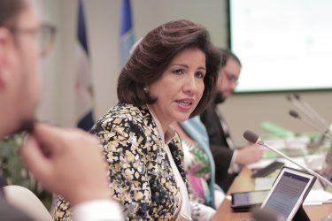 Vicepresidenta cuestiona RD destine sólo 1.8% PIB a protección social
