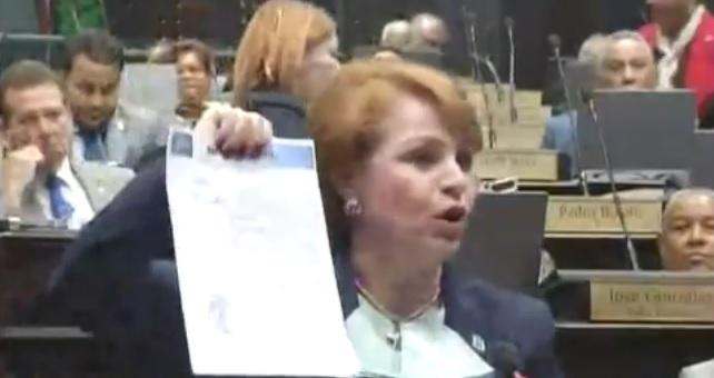 ENCUESTA: Casi nadie cree en la explicación de Lucía y las mochilas