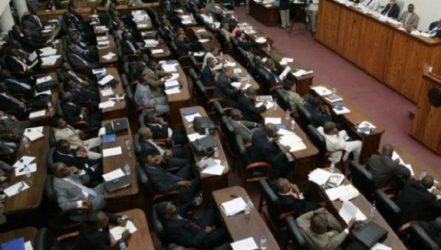 Primer ministro Jean Céant recibe voto favorable del Senado