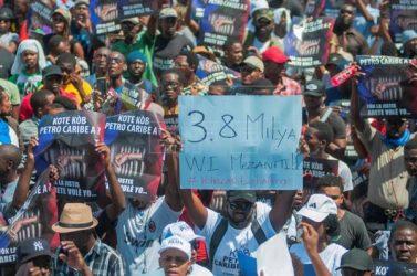 HAITI: Miles vuelven a exigir castigo para corruptos