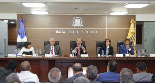 La JCE informa que el padrón electoral dominicano está en 7,439,536 votantes
