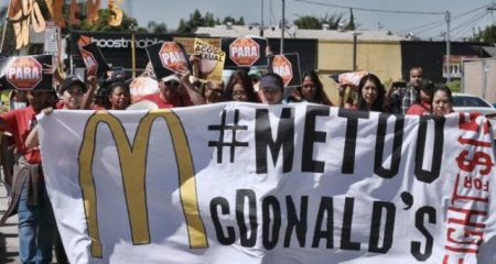 EU: Huelga de trabajadores de McDonald's en 10 ciudades por acoso sexual