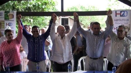 BONAO: Hipólito recibe apoyo de El Torito y cuatro alcaldes pedáneos