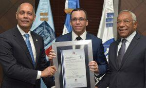 Ministerio de Educación recibe certificación por normativa NORTIC