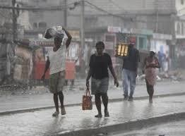 Autoridades de Haití advierten sobre paso de una onda tropical