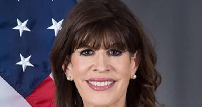 Embajadora dice EE.UU. respeta la soberanía de R.Dominicana y Haití